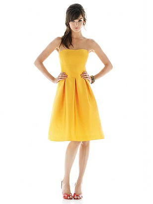 Alfred Sung Style D438 http://www.dessy.com/dresses/bridesmaid/d438/